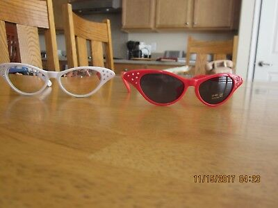 lot of 2 pair NWT ... 1040's 1950's 1960's UV cat's eye vintage style sunglasses