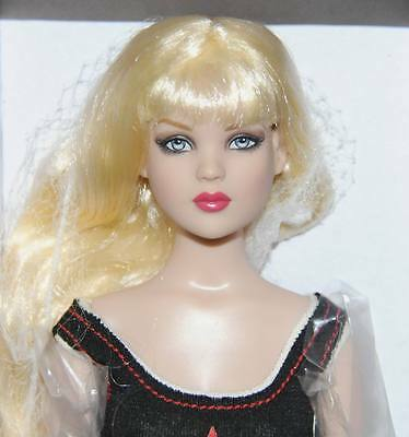 """All Star Cami  NRFB 16"""" doll Tonner 2013 Basic Doll Removable Blond wig"""