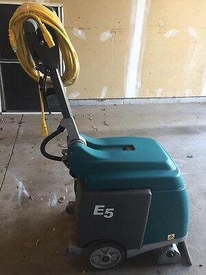Tennant E5 Compact Low-Profile Carpet Extractor