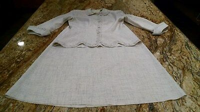 Women's Vintage Embroidered Wedding Suit 1950's in Great Condition