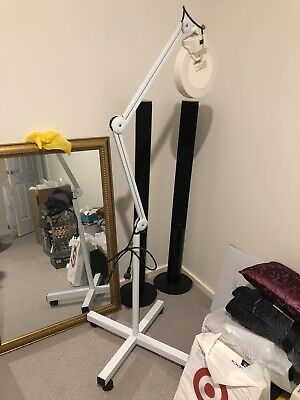 Led Magnifying Lamp With Stand For Beauty Lashes Waxing Facials Etc