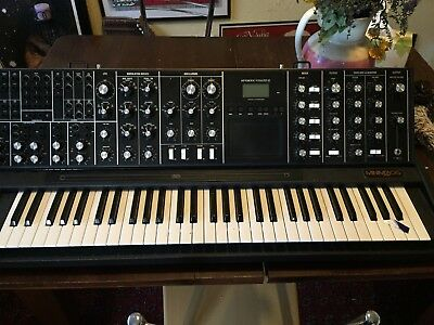Moog Voyager xl synth