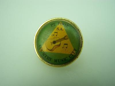 "Souvenir pin back badge ""Pt.Pirie - Country music City"" guitar       1134"