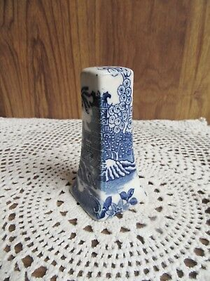 VINTAGE 1950's BLUE AND WHITE WILLOW PATTERN SALT SHAKER ONLY – MADE IN JAPAN