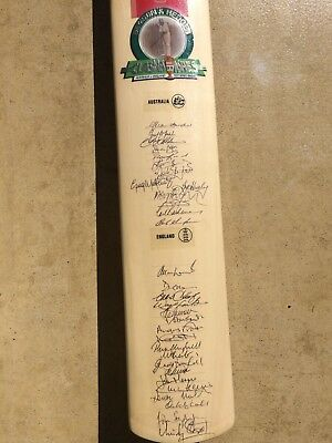 Ashes Cricket Bat, personally signed by Australia & England teams Border Boon