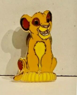 Disney Pin The Lion King Young Simba Cub Sitting RETIRED FREE SHIP