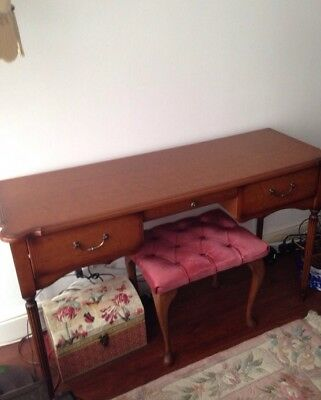 Writing desk / Dressing table