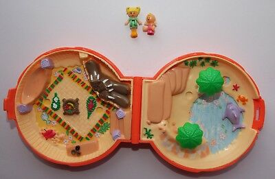 Polly Pocket Vintage Beach Themed Compact Dated 1989 Plus Polly And Baby Figures