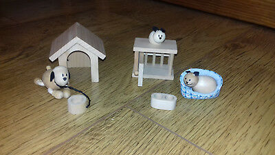 Early Learning Centre Wooden Pet Dog Kennel Cat Basket Rabbit Hutch Feeding Bowl