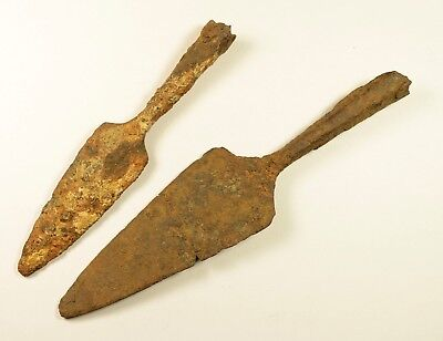LOT OF 2 - ANCIENT ROMAN BATTLE IRON ARROW ARROWHEAD - Circa 300-400 AD