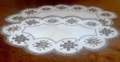 2 vintage Lefkara Embroidered Mats From Cyprus