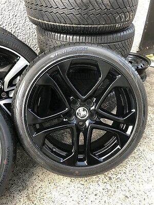 "4X Holden Commodore VF Redline Genuine 19"" Staggered With Brand New Tyres"