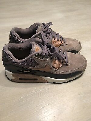 free shipping 0805d fb966 NIKE AIR MAX 90 Bronze Rose Gold Metallic White Show 768887-201 Women Size  7.5