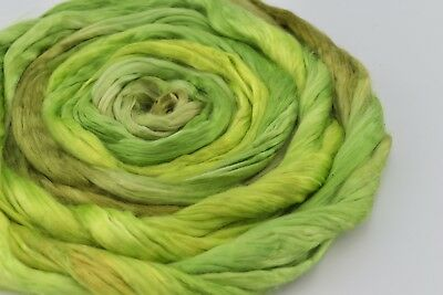 Mulberry Silk Roving Fibre Felting Spinning Hand Dyed Lime Green Mix 20g 12083