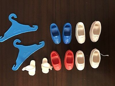 Pedigree Sindy Accessories- Red, White And Blue Shoes And Coat hangers Vintage 7