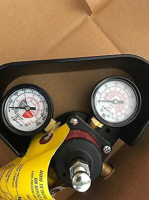 New Cornelius High Pressure Dual Gauge Co2 Regulator W/gauge Protector 0-160 Psi