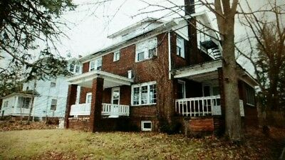 Huge Single House 8 Beds 3 Baths Very Clean.- Youngstown, Oh