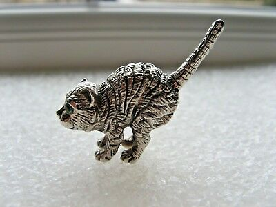 Solid Silver Novelty Scared Cat.