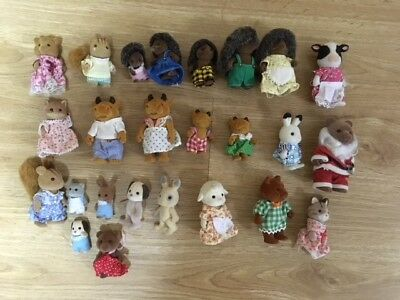 25 x Vintage Sylvanian Families Bears and Other Various Animals