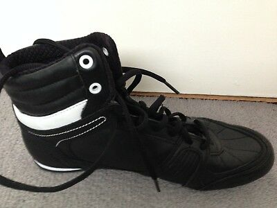 Lonsdale Contender Boxing Boots Size 7 - VGC