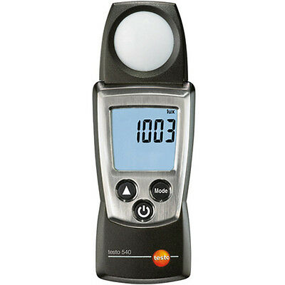 Testo 540 Light Meter, Min/Max, Hold Functions, Incl. Protective Cap, Cal Cert