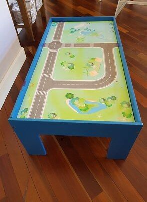 Kids toy train / car wooden play table