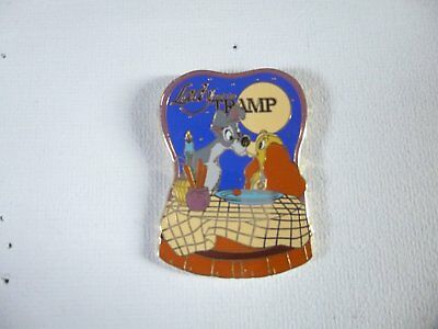 Pin's Disney La belle et le clochard, Disneyland Paris