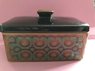 """Vintage Hornsea Pottery England BRONTE Butter Dish with Lid 5 ¾"""" x 3 ¾"""" x 3 ½"""""""
