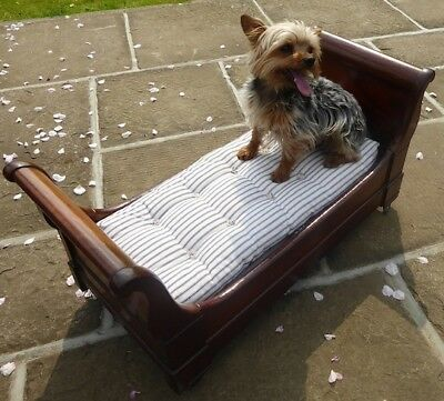 French 'Sleigh' Dog Bed. (Cushion remade).