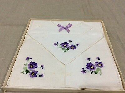 Vintage Boxed Set of 3 Ladies Embroidered Handkerchiefs