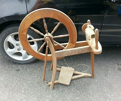 Spinning Wheel Deceased Estate Antique/vintage Straight Out Of Storage Must See