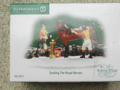 DEPT 56 DICKENS' VILLAGE DICKENS Accessory TENDING THE ROYAL HORSES NIB