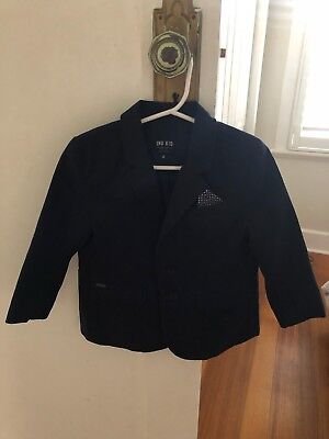 indie kids boys blazer with navy & white dot pocket square. Size 2. Worn once!!