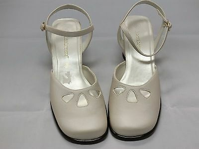 HighLights White Satin Bridal Shoes Woman Size 9.5