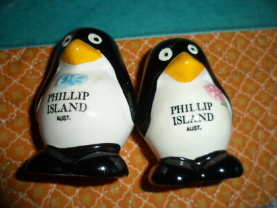 Salt and pepper shakers. PENGUINS