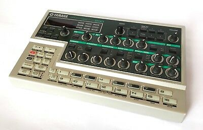 Yamaha DX200 Groove box DX7 FM Synthesiser Drum Machine Excellent Condition