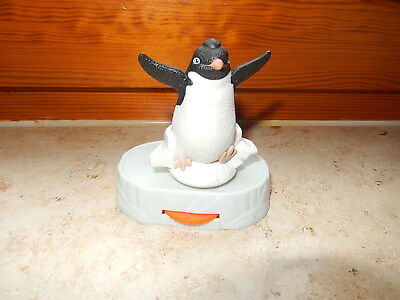 Pinguin tanzend von Burger King