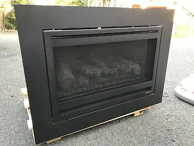 Jetmaster heat and Glo I30 Gas Log Fire Fireplace Heater , Chimney Insert