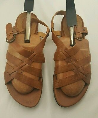 ade55238c885 Clarks Artisan Women s Sandals Active Air Brown Leather Strappy 8.5 W 8 1 2W