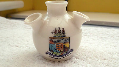 Vintage Model Of A 4 Stems  Vase  Crested Southend-On-Sea   By Gemma China