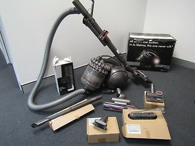 Dyson DC54 Animal Cinetic vacuum cleaner all tools - like NEW!!!