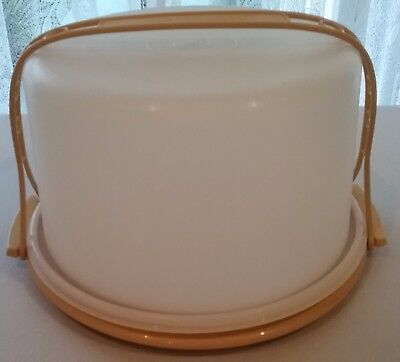 Retro Tupperware Cake Carrier with carry handle  ***PICK UP ONLY***