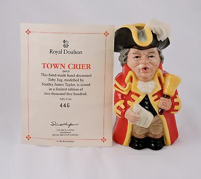 """Royal Doulton Town Crier Toby Character Jug D6920 Limited Edition 446/2500 5"""""""