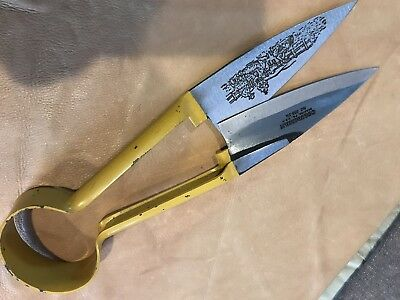 NEW Columbian no. 055-5 1/2 Sheep Shears Made in Reading, PA..