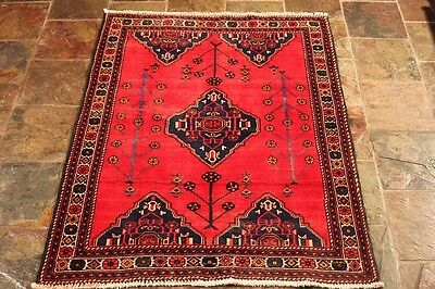 Authentic Persian rug 90's Gorgeous 146x112 excellent quality tribal Persian rug