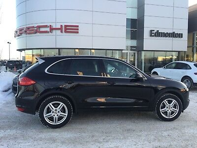 2014 Porsche Cayenne Platinum Edition Factory warranty until 04/2018, Includes Balance of Pre-Paid Maintenance!