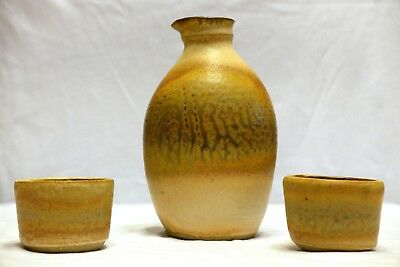 Hand-Made & Signed Stoneware Sake Set – Clean & Beautiful