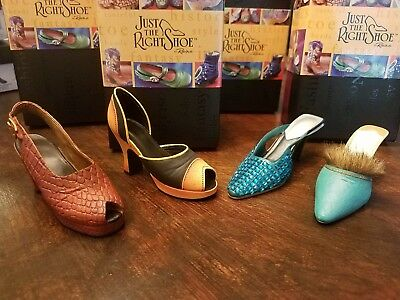 Just The Right Shoe-  Retroactive- In Scale- Midori- Seduction (Teal) With Coa