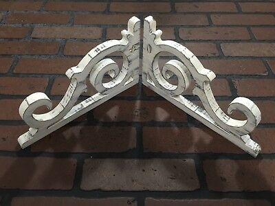Pair Small Wood Corbels Corner Brackets Shelf Rustic Victorian Antique Look