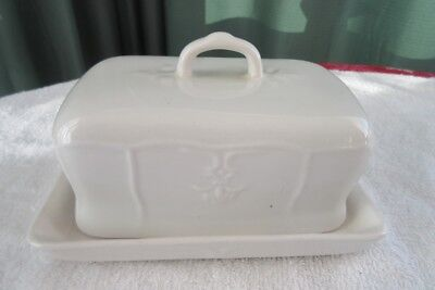 Tabletops Unlimited VERSAILLES White Embossed Covered Butter Dish